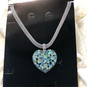 Jewelry - Mermaid heart necklace